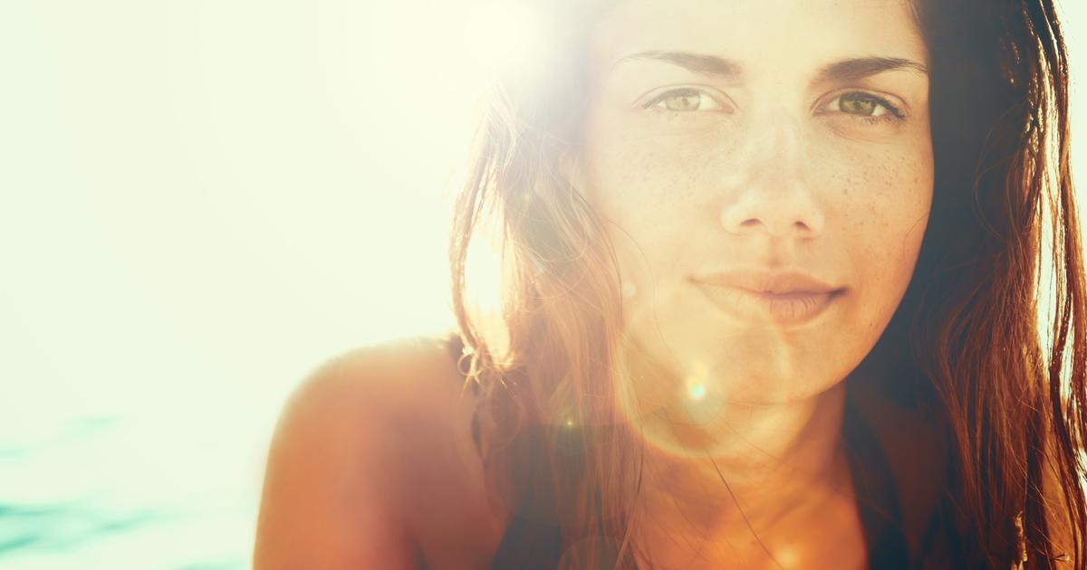 psihosomatski pristup ekcem, akne, psorijaza: poruke koje nam šalje kože i kako sunce na nju utječe